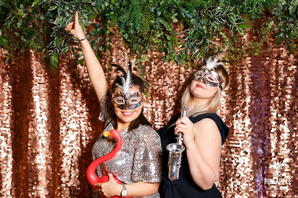 sandhole oak barn photo booth